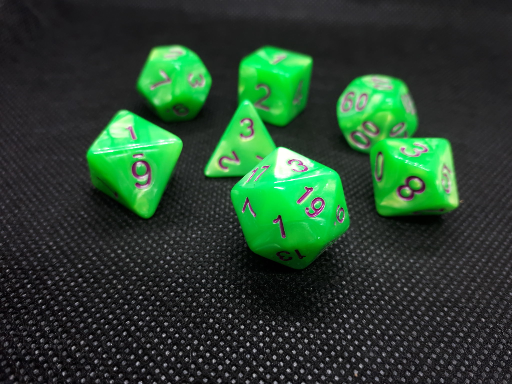 RPG Wuerfel Set Pearl Green-Purple