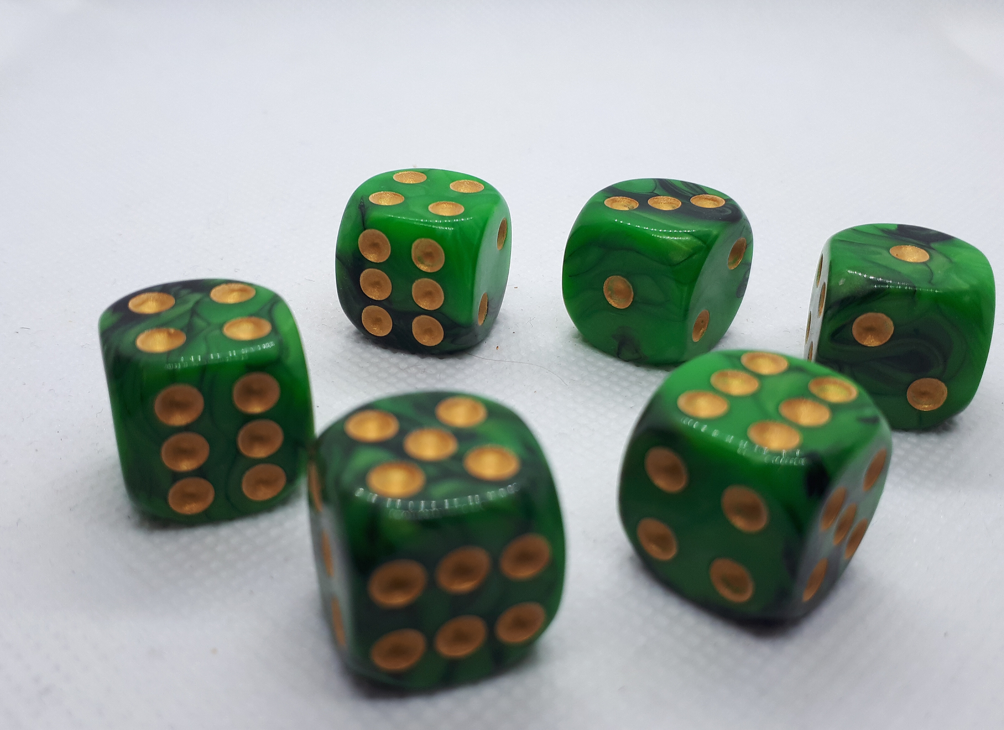 "RPG Wuerfel Set D6 ""green+black"""
